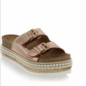 Tapaz Embellished slide sandal